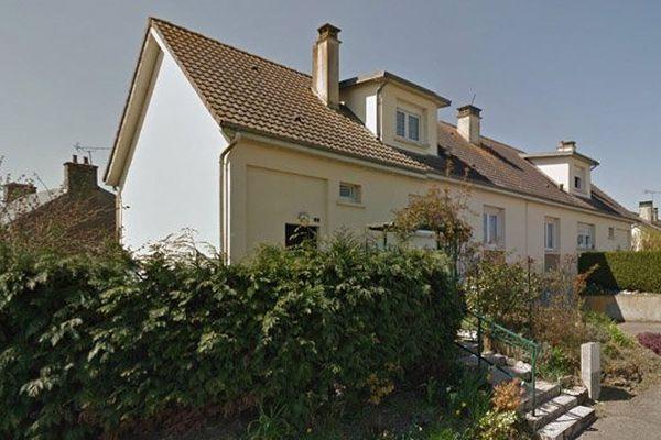 Le corps de la victime a été retrouvé à son domicile dans ce quartier pavillonnaire d'Athis-de-l'Orne