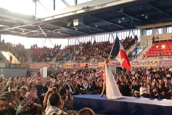 """A l'image du """"show Miss France"""", les candidates alsaciennes du concours ont offert un beau spectacle, composé de différents tableaux, aux 2.300 spectateurs du centre intercommunal de Sélestat."""