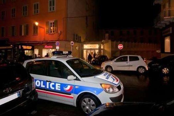 12/11/13 - Braquage dans un magasin de Bastia