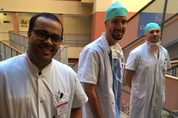 Les trois soignants bordelais de la maison de santé Bagatelle (médecin et infirmiers) partis en renfort à Nancy