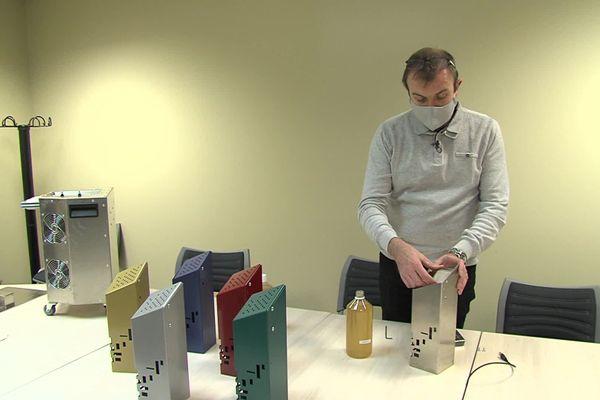 Deux entreprises iséroises ont mis au point un purificateur d'air éliminant les virus.