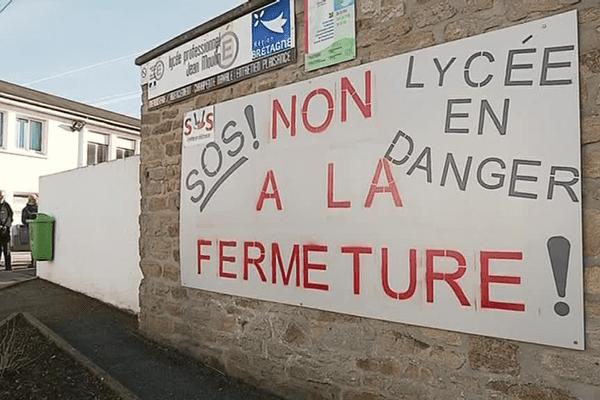 La mobilisation continue autour du lycée professionnel Jean Moulin à Plouhinec dont l'avenir est en suspens