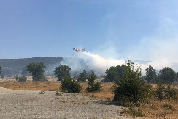 Incendie sur le Camp de Canjuers ce mardi 2 juillet dans le Var.