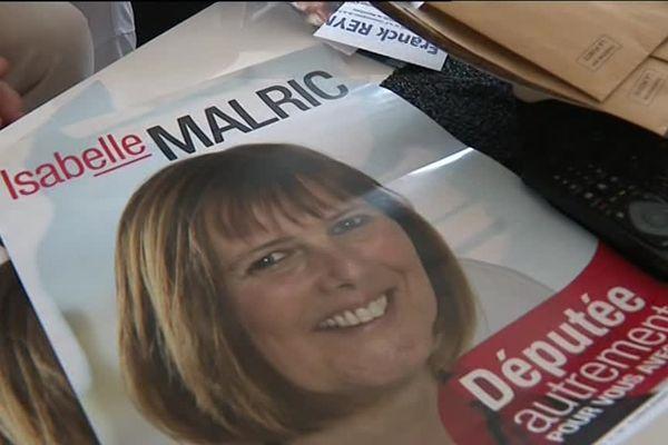 Affiche de campagne d'Isabelle Malric, candidate PS dans la 2e circonscription de la Drôme.