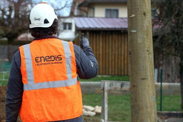 En Centre-Val de Loire, le distributeur d'électrice Enedis a piloté à distance les réseaux du Nord-Pas-de-Calais qui alimentent 5 millions d'habitants.