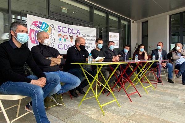 L'association Scola Corsa s'était réunie ce dimanche 2 mai pour présenter son école immersive à Biguglia.