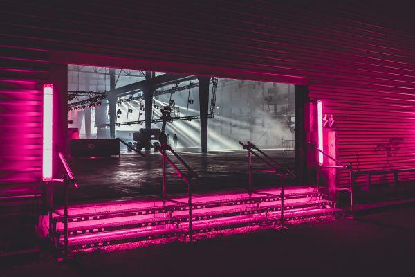 Les usines Fagor-Brandt temple de béton lyonnais accueilleront 5 soirées de concerts.