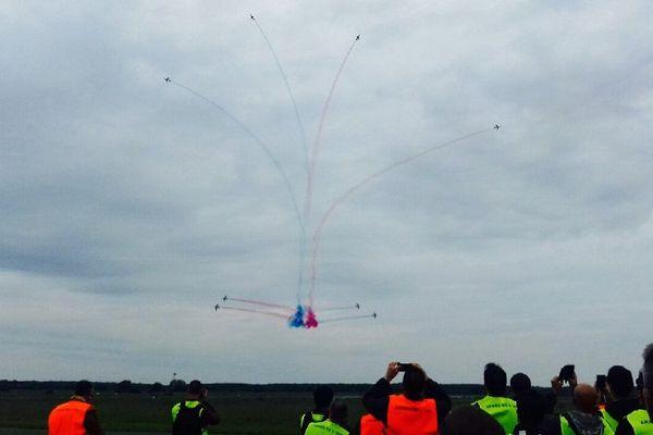 Les Alphajet de la Patrouille de France en répétition à la base aérienne de Creil, le 26 mai 2016.