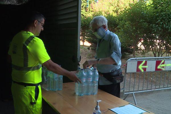 Depuis le 10 juin, l'eau de Tautavel, dans les Pyrénées-Orientales, a été décrétée non-potable - juillet 2020.