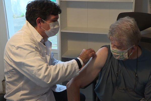 On peut se faire vacciner par son pharmacien comme ici près de Limoges