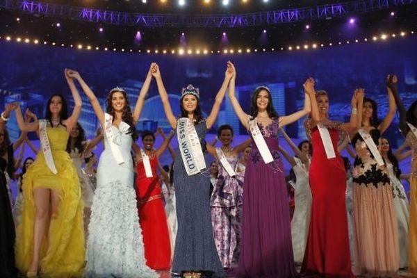 La Bourguignonne Marine Lorphelin - alias Miss France 2013 - est en Indonésie où elle participera à l'élection de Miss Monde qui aura lieu samedi 28 septembre 2013.
