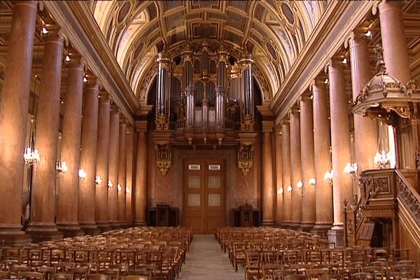 Cinq ans de travaux ont été nécessaire pour redonner à la cathédrale Saint-Pierre de Rennes tout son éclat
