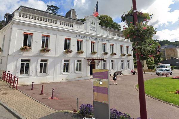 Christophe Doré élu maire de Bolbec avec 50,58% des voix.