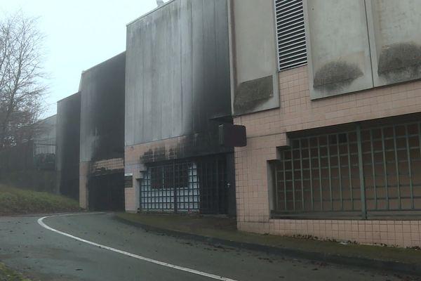 Incendie de la fourrière municipale de la place Cassin à Besançon