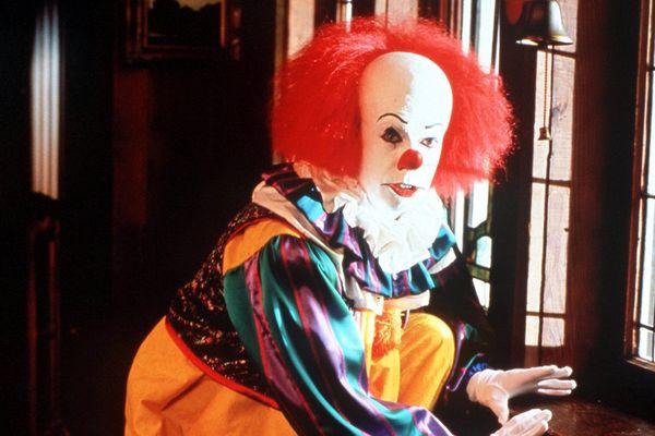 "Un ""scary clown""."