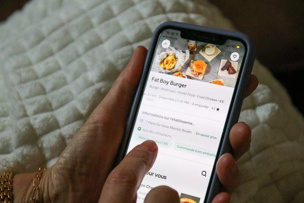 Des restaurants sont uniquement disponibles en livraison sur Uber Eats et Deliveroo.