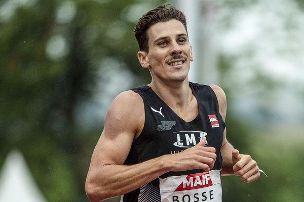Pierre-Ambroise Bosse remporte son 5e titre de champion de France de 800 m à St Etienne, le 27 juillet 2019.
