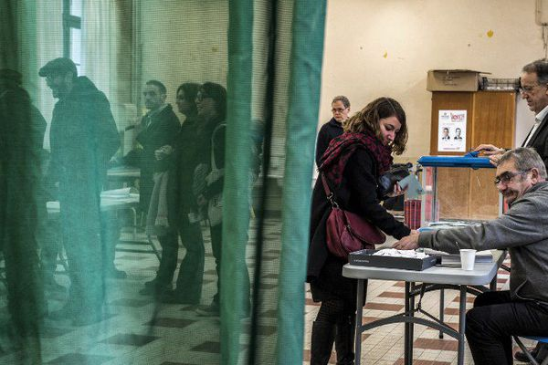 En Auvergne comme partout en France, les électeurs se sont déplacés plus nombreux pour le deuxième tour de la primaire de la gauche dimanche 29 janvier 2017.