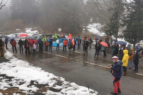 """Les manifestants protestaient contre l'opération anti-migrants menés par """"génération identitaire"""" le 19 janvier."""