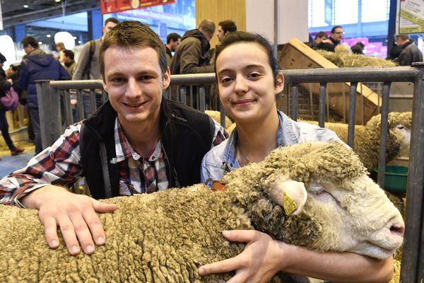 Nicolas Arpin, et Bénédicte Poulet, meilleur berger et meilleur bergère du concours 2017.
