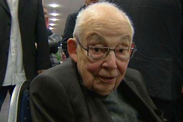 En 2011, François Michelin assiste au centenaire de l'ASM Clermont Auvergne.