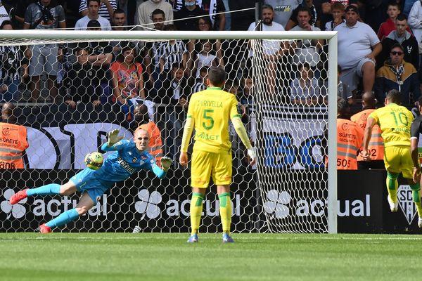 Angers - Nantes : 1 - 4 le 19 septembre 2021, le but de Blas