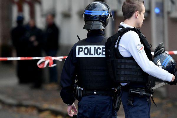 Vers 9h30 mercredi 6 novembre, la préfecture a levé le dispositif de sécurité mis en place dans la nuit.