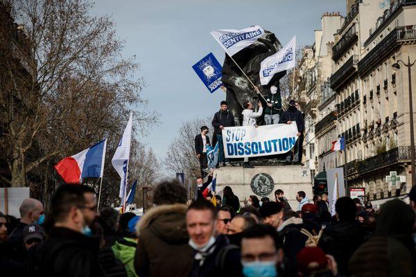 Rassemblement en soutien au groupe Génération identitaire d'extrême droite visé par une procédure de dissolution, le 20 février 2021.