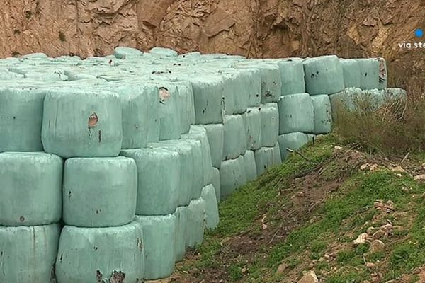 800 balles d'ordures sont dissimulées sur le site de Coti-Chiavari.