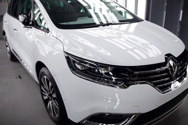 Selon une ONG allemande, le nouvel Espace diesel afficherait un niveau d'émission de particules fines jusqu'à 25 fois supérieur aux normes légales, Renault conteste