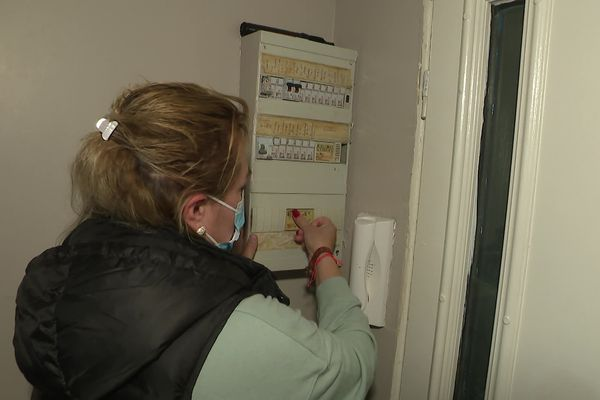 L'électricité de cette famille a été coupée le mardi 12 octobre 2021.