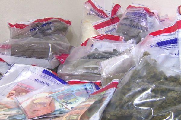 La police de Clermont-Ferrand a saisi d'importantes quantités de stupéfiants ces 6 derniers mois.