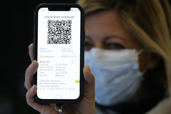 Un certificat vert numérique pour faciliter les déplacements entre Etats européens sur smartphone.
