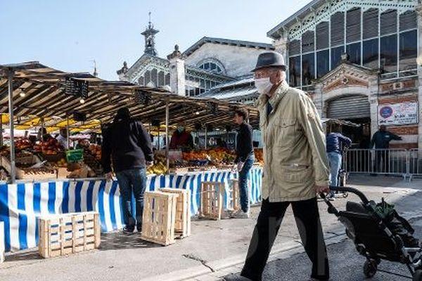 Le marché central de La Rochelle, le 21 mars 2020