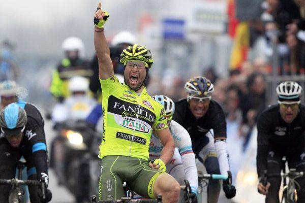 L'Italien Oscar Gatto vainqueur d'A travers la Flandre.