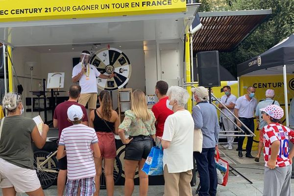 Au village du Tour à Nice mais aussi tout au long du parcours, des animations sont prévues pour divertir les fans.