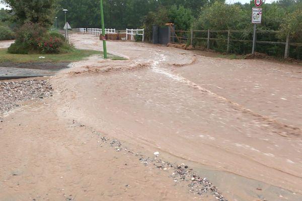 Le 13 août, les fortes intempéries ont provoqué des inondations et des coulées de boue.