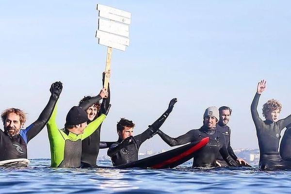 Les surfeurs de #Ramepourtaplanète se mobilisent régulièrement pour la protection de l'océan et l'environnement, depuis le Pays basque.