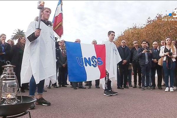 Mercredi 8 novembre, des écoliers de la région bastiaise ont ravivé la flamme du soldat inconnu.