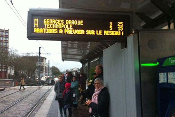 L'affichage à la station de métro Saint-Sever à Rouen ce vendredi 9 janvier