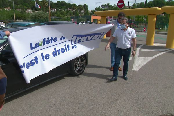 Les professionnels du tourisme de Villeneuve-Loubet ont manifesté leur inquiétude face à l'incertitude de la saison.