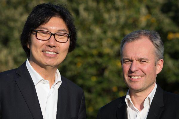 Jean-Vincent Placé et François de Rugy ont créé l'Union des Démocrates et des Écologistes (UDE), qui soutient le Parti Socialiste pour l'élection régionale dans les Pays de la Loire
