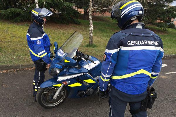 Les gendarmes de Clermont-Ferrand ont réussi à identifier sur Instagram un automobiliste qui filmait ses infractions au volant. Photo d'archives.