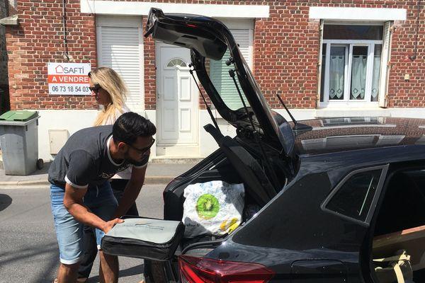Thaaer charge la voiture direction Soissons - Juillet 2019