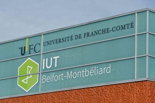 Si cette mesure est nouvelle en Franche-Comté, cette université n'est pas la première à la lancer.