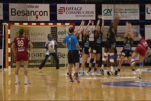 Face aux parisiennes, les joueuses de l'ESBF se sont bien battues.
