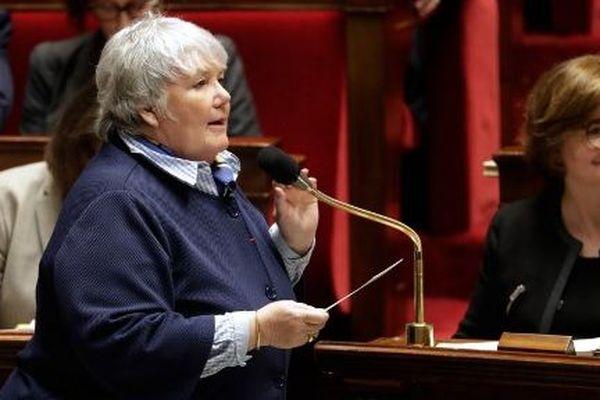 Jacqueline Gourault, ministre de l'Espace rural et de l'aménagement du territoire a répondu à une question de Jean-Jacques Ferrara sur le prix du carburant en Corse.