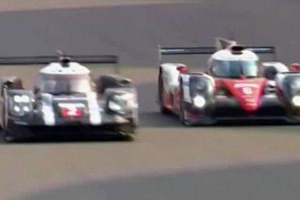 La lutte pour le titre mondial entre la Porsche n°2 de Dumas et la Toyota n°6 de Sarrazin - 6 novembre 2016.