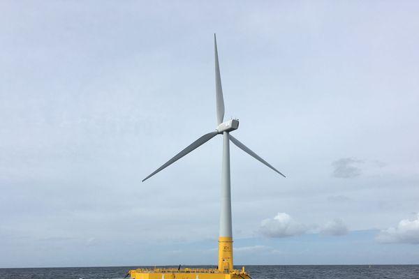 L'éolienne flottante Floatgen en test sur le site SemRev au large du Croisic