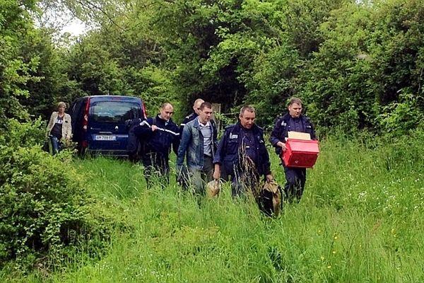 Le corps d'un homme a été découvert carbonisé dans une voiture à Vergisson, en Saône-et-Loire